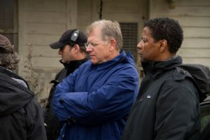 El director Robert Zemeckis con el actor Denzel Washington