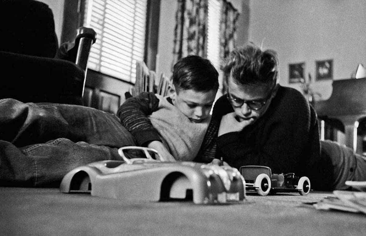 James Dean: Tan lejos de casa